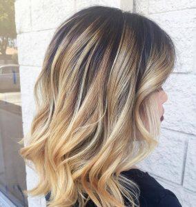 Мелирование волос в салоне красоты